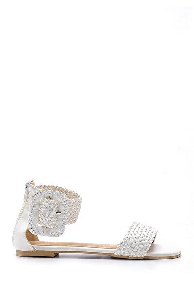 Kadın Toka Detaylı Sandalet