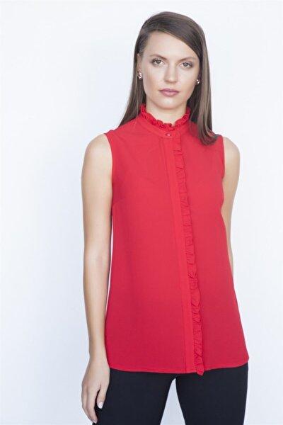 Kadın Kırmızı Fırfır Detaylı Gömlek K19Go079