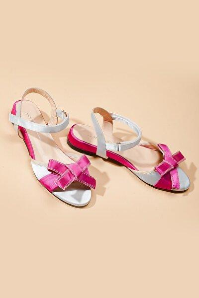 18-69 Kadın Deri Ayakkabı