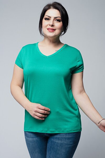Kadın Büyük Beden V Yaka Basic Kısa Kollu Yeşil Tişört