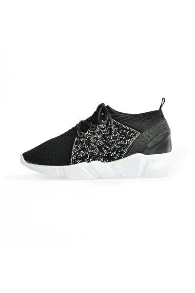 Siyah Yüksek Tabanlı Bağcıklı Spor Ayakkabı