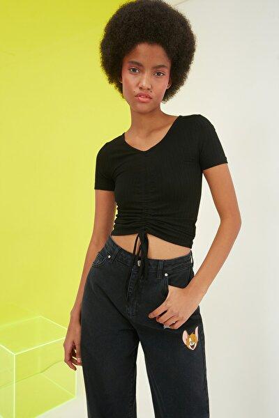 Siyah V Yaka Büzgülü Örme Bluz TWOSS20BZ1689