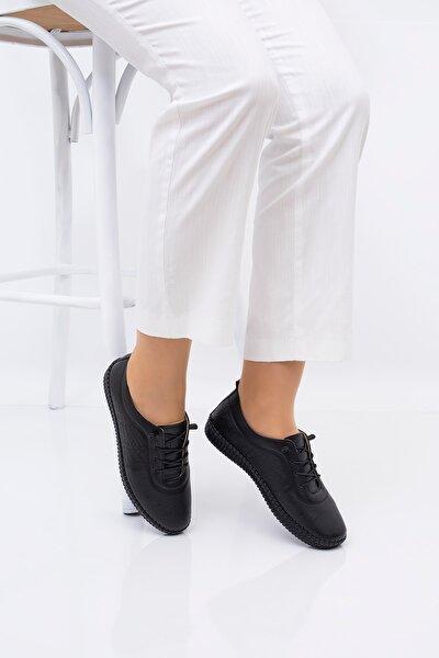Tabana Dikiş Özellikli Tam Ortopedik Kadın Ayakkabısı