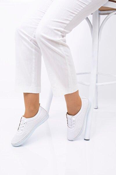 Kadın Beyaz Ayakkabı