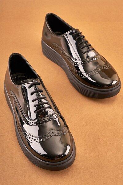 Siyah Rugan Kadın Oxford Ayakkabı K0763027598