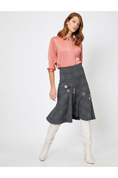 Skirtly Yours Styled By Melis Agazat - Islemeli Ekose Etek