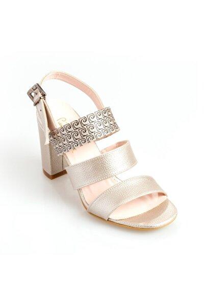 Pıerre Cardın 54017 Kadın Klasik Ayakkabı Altın