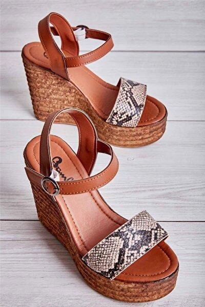 Bej Kadın Dolgu Topuklu Ayakkabı L0522210007