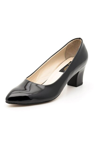 1023 Siyah Rugan Büyük Numara Bayan Ayakkabısı