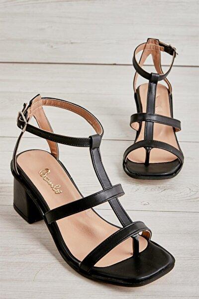 Siyah Kadın Klasik Topuklu Ayakkabı L0671302309