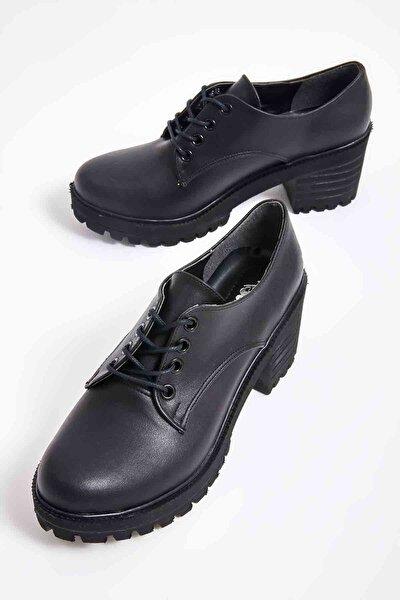 Siyah Kadın Oxford Ayakkabı M0688010609