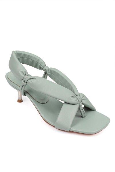 Kadın Metal Topuklu Sandalet