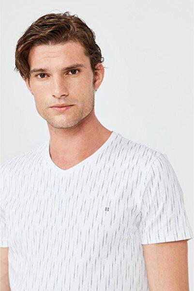 Erkek Beyaz V Yaka Baskılı T-shirt A02y1040
