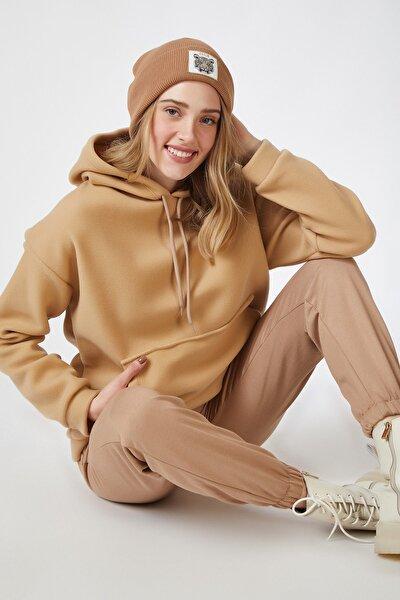 Kadın Bisküvi Kapüşonlu Kışlık Polar Sweatshirt ZV00047