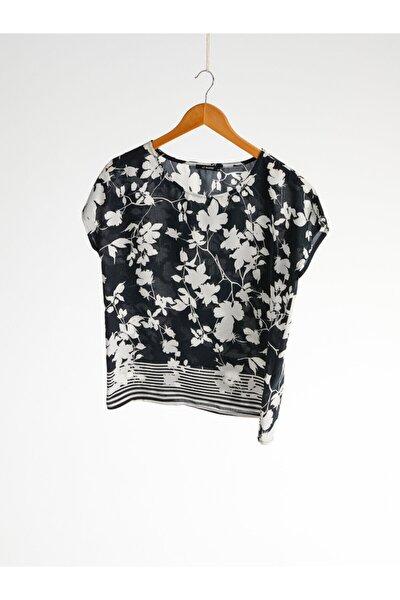 Kadın Siyah Baskili  Bluz