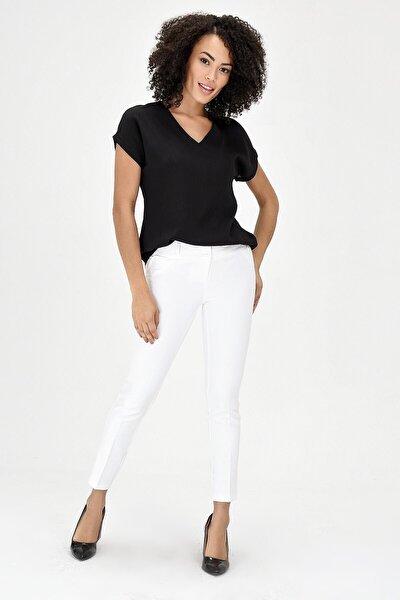 V Yaka Kısa Kol Kadın Bluz - Siyah