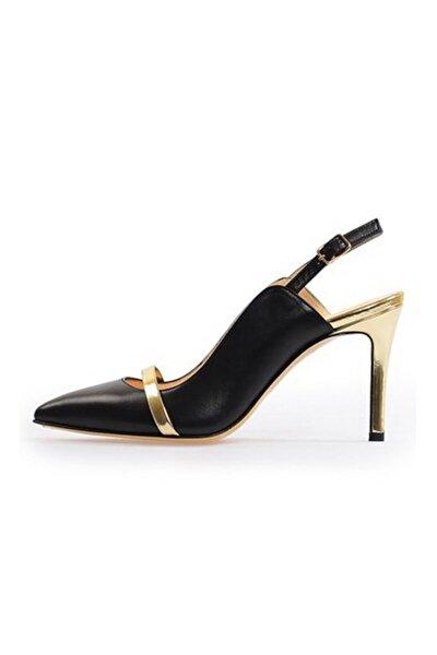 Siyah Bant Detaylı Topuklu Sandalet