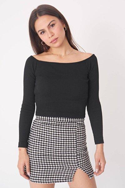 Kadın Siyah Düşük Omuzlu Bluz B1044 - T2 ADX-0000020166