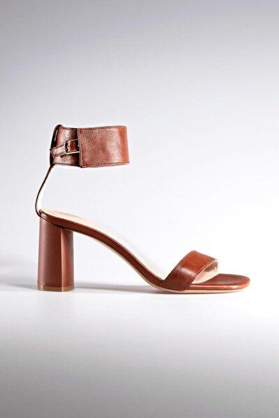 Ayakkabı 0115