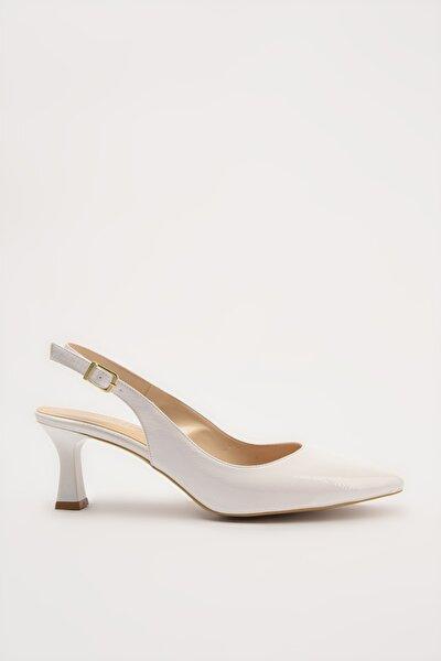 Beyaz Kadın Klasik Topuklu Ayakkabı 01AYH214440A900
