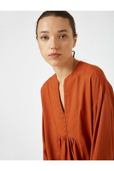 Kadın V Yaka Uzun Kollu Bluz