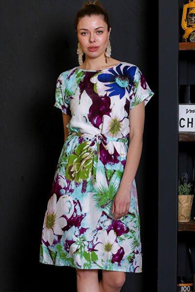 Kadın Beyaz-Yeşil Dev Çiçek Desenli Sıfır Yaka Kısa Kol Dokuma Elbise M10160000EL95371