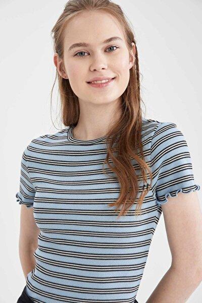 Kadın Mavi Regular Fit Çizgili Kolu Fırfırlı T-Shirt