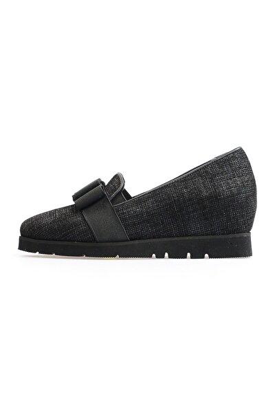 Siyah Fiyonklu Kadın Ayakkabı