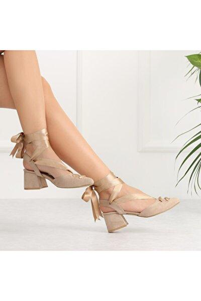 Lopera Bej Süet Bağlamalı Kısa Topuklu Kadın Ayakkabı