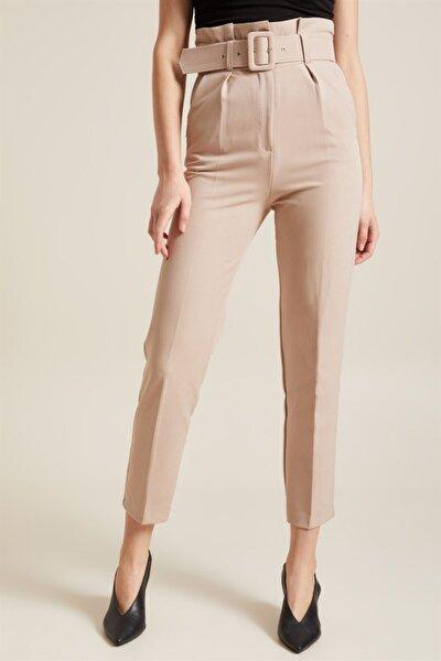 Kadın Taş Kemerli Yüksek Bel Kumaş Pantolon