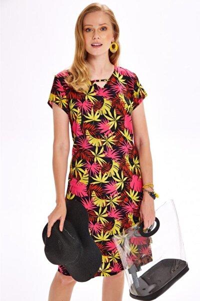 V Yaka Kısa Kol Desenli Elbise 020-4030