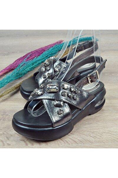 416 Kadın Taşlı Sandalet