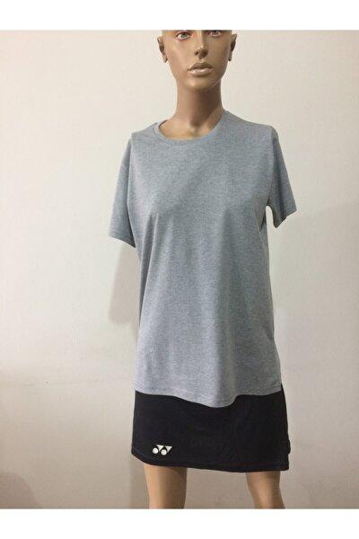 Sıfır Yaka Desensiz T-shirt