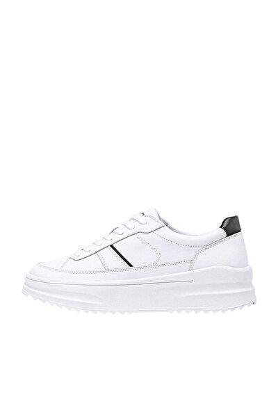 Kadın Beyaz Tırtıklı Tabanlı Ve Parça Detaylı Düz Platform Spor Ayakkabı 19001770