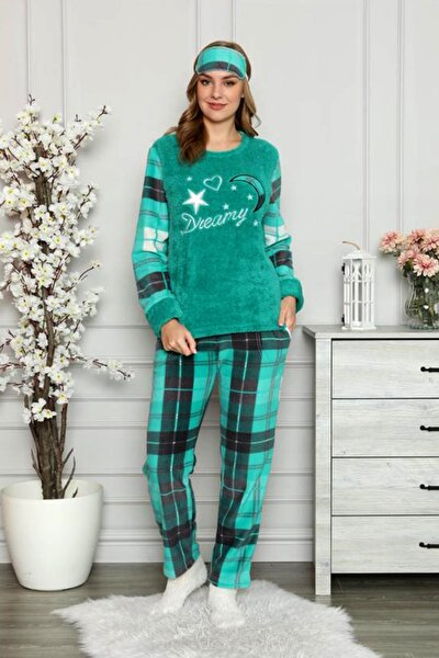 Kışlık Desenli Kadın Polar Pijama Takımı