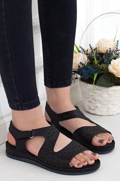 Siyah Hakiki Deri Cırtlı Günlük Kadın Sandalet • A202ytar0012