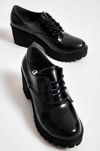 Siyah Açma Kadın Oxford Ayakkabı M0688010674