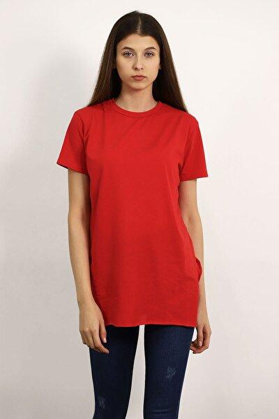Kadın Kırmızı Bisiklet Yaka Yırtmaçlı T-Shirt