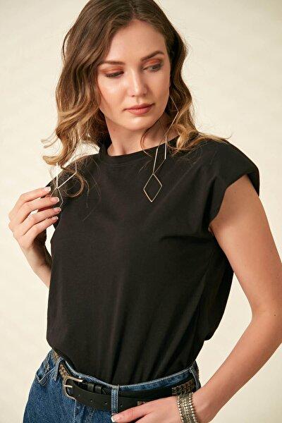 Vatkalı Kısa Kol T-shirt