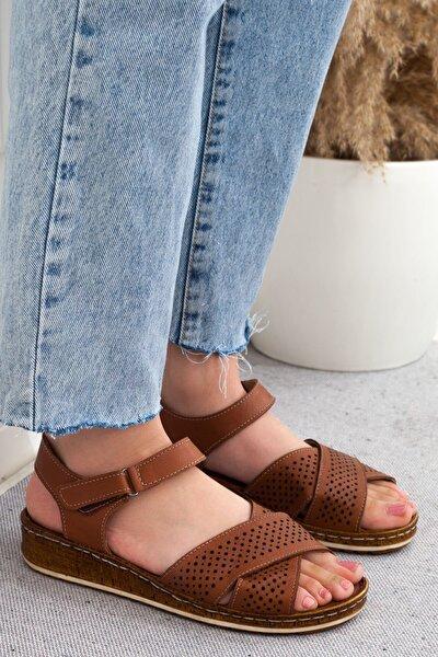 Taba Çapraz Kesim Hakiki Deri Günlük Kadın Sandalet • A202ytar0010