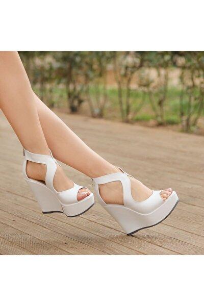 Romeo Beyaz Dolgu Topuklu Ayakkabı