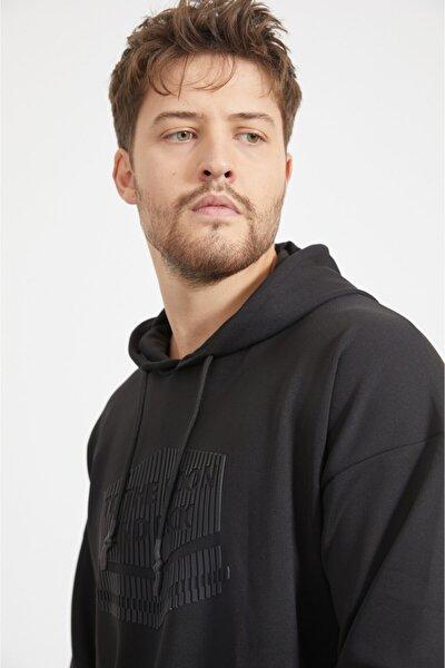 Erkek Siyah Kapüşonlu Yaka Baskılı Sweatshirt A02y1018