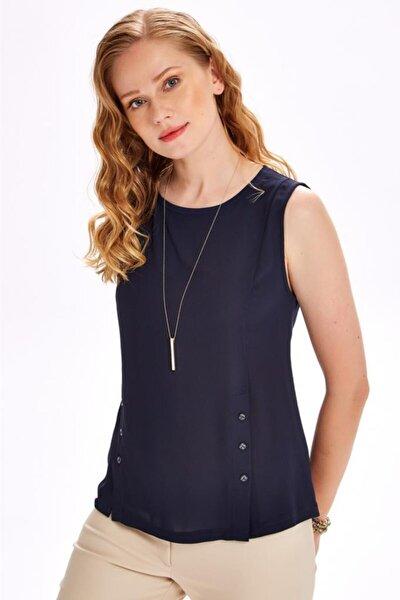 Kadın Lacivert Önü Dokuma Garnili Düğmeli Kolsuz Bluz 020-1529
