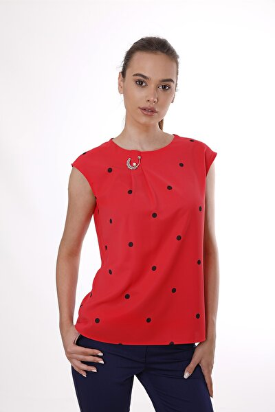Kırmızı Yaka Pileli Puantiyeli Bluz