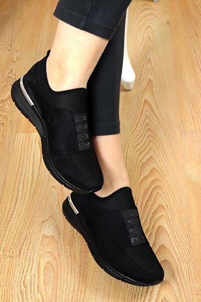 Kadın Siyah  Sade Lastik Taşlı Spor Ayakkabı