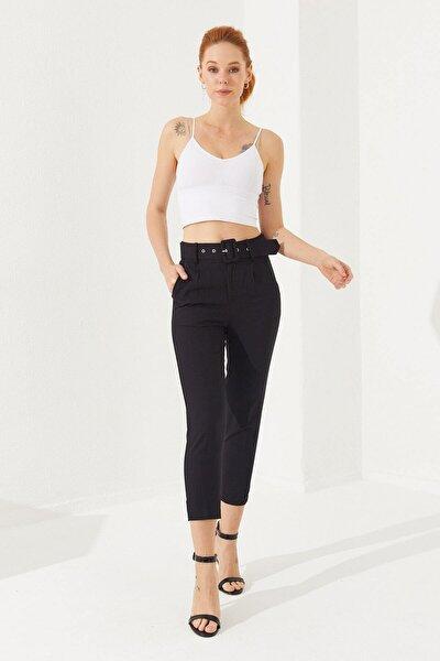 Kadın Siyah Kemerli Saten Pantolon