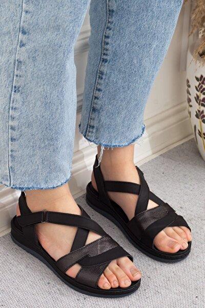 Siyah Çapraz Kesim Hakiki Deri Cırtlı Günlük Kadın Sandalet • A202ytar0013