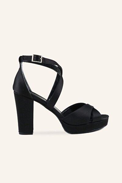 Siyah Saten Rahat Topuklu Sandalet