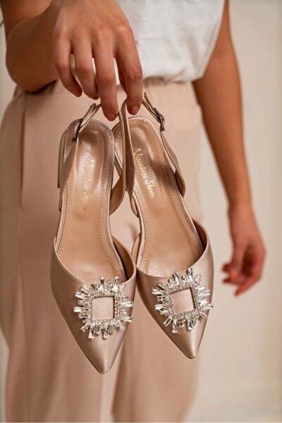 Paul Ten Saten Sivri Burun Taş Detay Kadın Sandalet