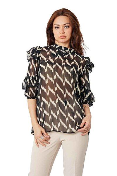 Kadın Siyah Şifon Kolları Fırfırlı Bluz Y-7639